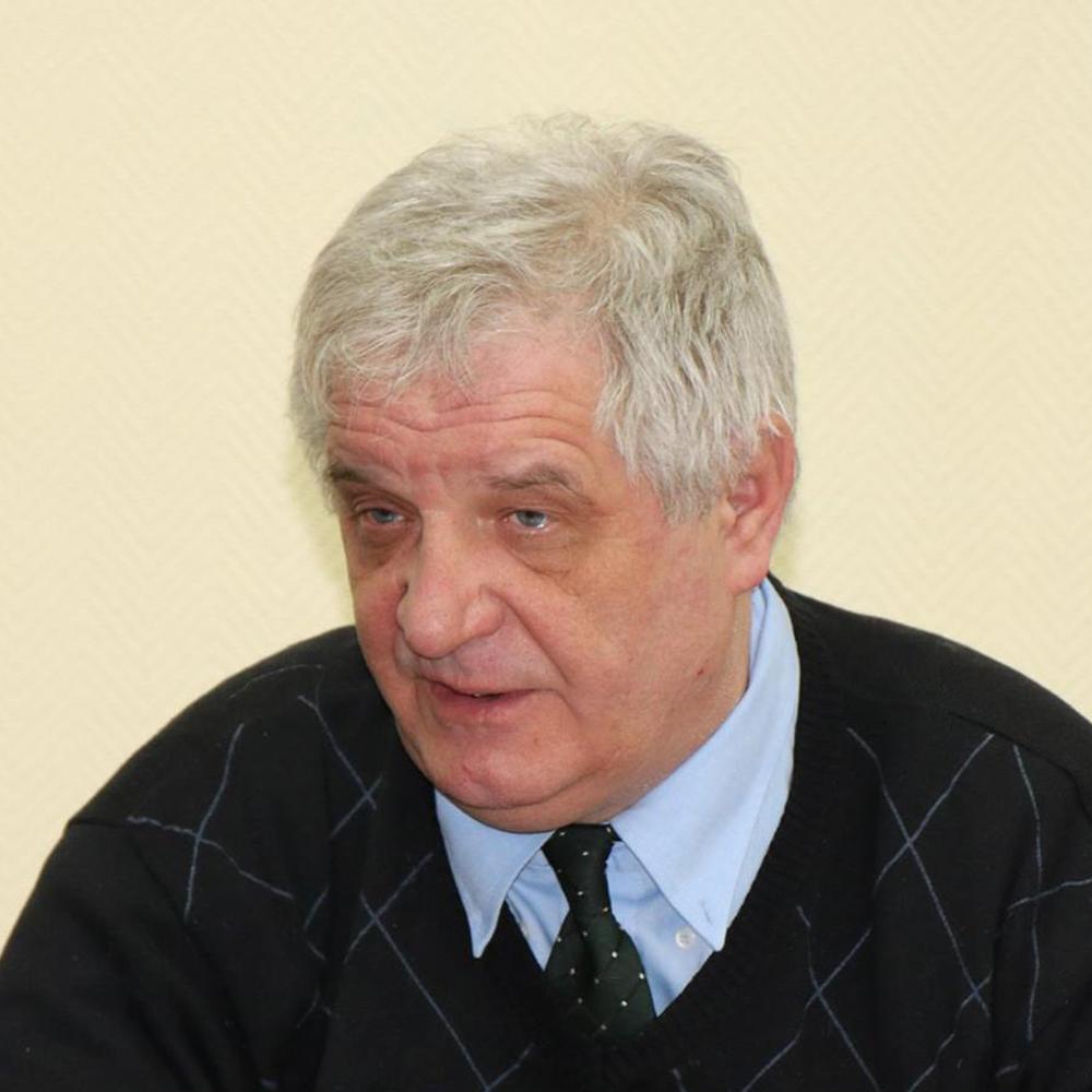 Дмитрий Халяпин
